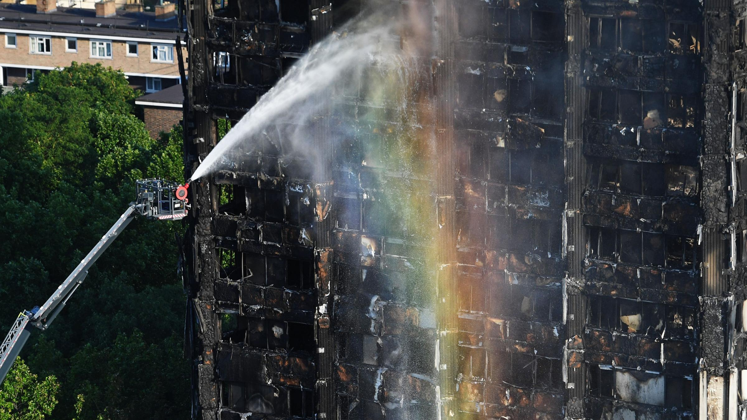 London fire death toll rises to 17, number expected to increase